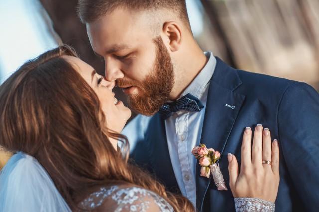 【图】婚姻夸姣女性面相特征   教你发现隐藏的隐秘_婚姻