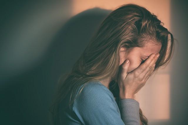 爱哭的女人是什么性格 三点让你更了解她们