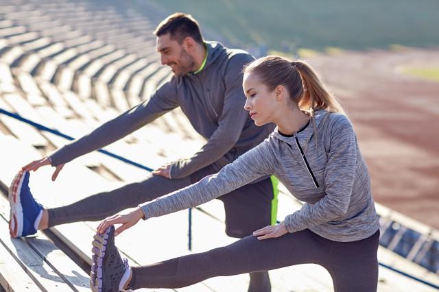 怎么拉筋压腿  教你正确的做法