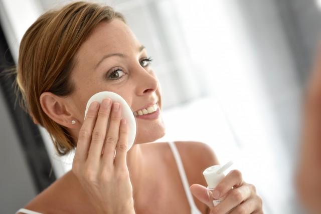 【图】卸妆油伤皮肤吗几点建议恢复洁净面容