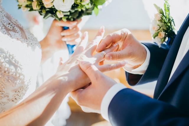 【图】成婚晚上要做什么 要进行洞房花烛夜吗_成婚
