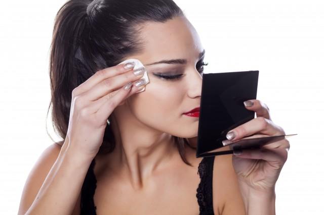 【图】卸妆油怎么用正确清楚这些内容事半功倍