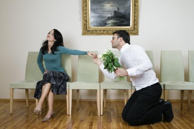 女朋友的前男友找她复合 如何表现凸显你的高情商