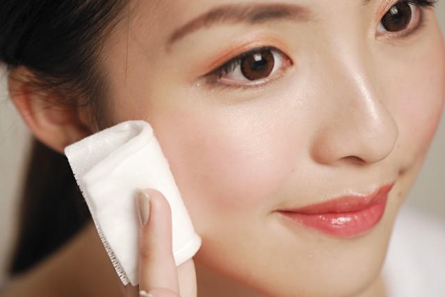 如何用睫毛膏卸妆,你需要了解这些化妆品