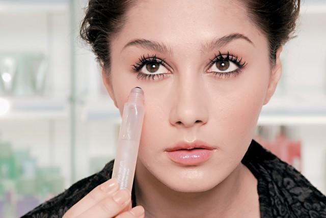 黑眼圈怎么消除简单方法,有效去除黑眼圈的小技巧,值得一试