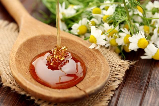 蜂蜜如何做补水面膜,告诉你蜂蜜面膜的作用与功效